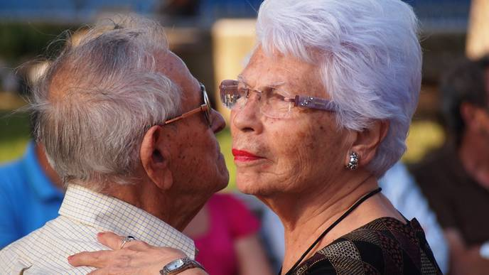 A Little Romance May Go A Long Way In Helping Breast Cancer Survivors Thrive